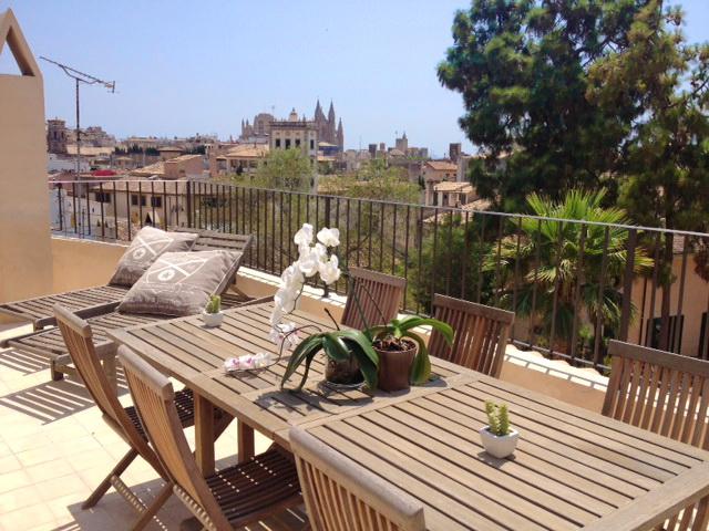 Designer Stadthaus mit privater Terrasse in Palmas Altstadt!