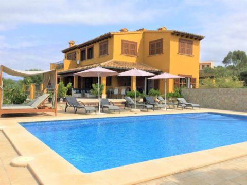 Landvilla mit Privatsphäre, Blick über die Bucht von Palma, Pool, wifi, BBQ